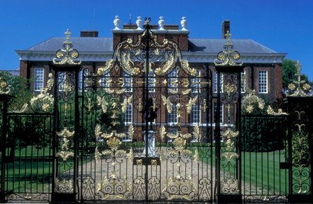 Kensington Palace, via VisitBritain Images
